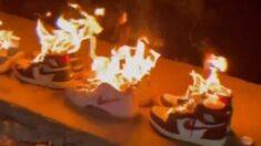 나이키가 신장위구르 인권 탄압 비판하자 분노하며 운동화 불태우는 중국 누리꾼