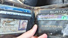 20년 전 도둑맞은 지갑, 20년 만에 그 상태 그대로 돌려받은 남성